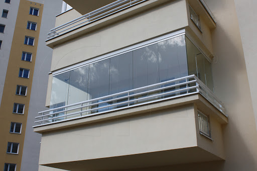 covering the balcony with glass