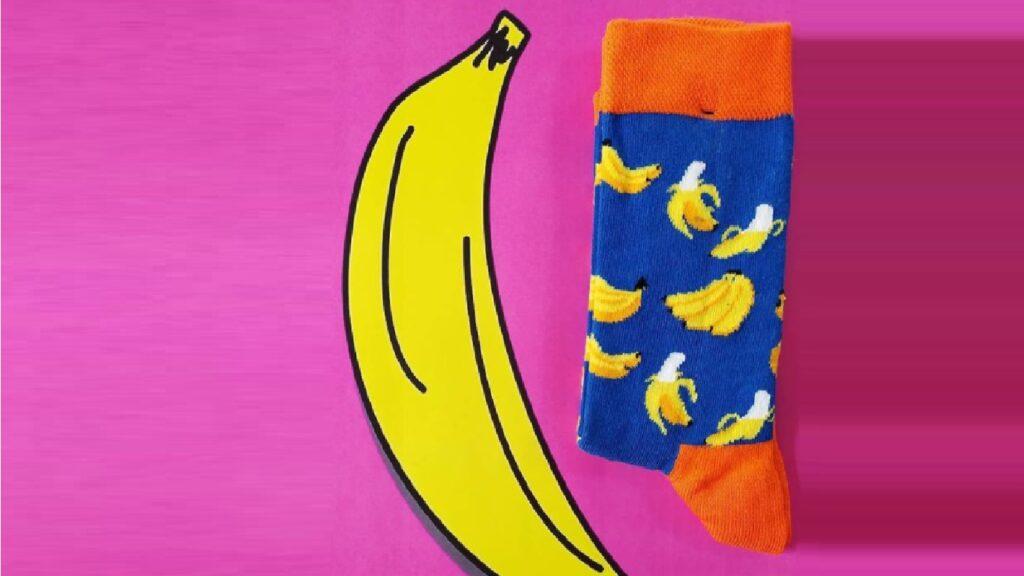Duruya Ses Nefes Ol ! Sen de Bir Çorapik Çorap Al